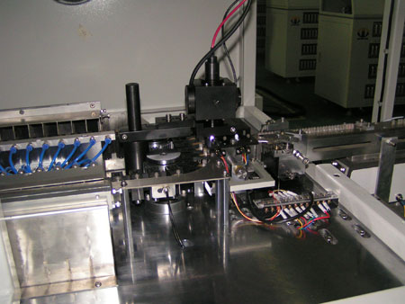 Compact ultrafast spectrometers inside LED sorting machines